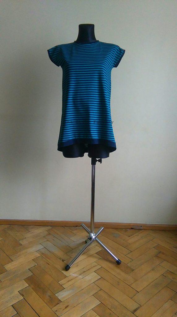 dress in stripes